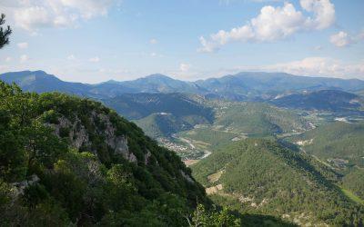 Randonnée sur les crêtes aériennes de la montagne d'Essaillon à Nyons